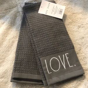 """Rae Dunn Kitchen Towels """"Love & Family"""""""